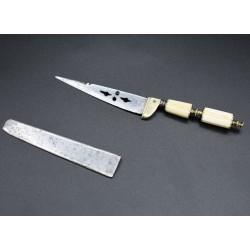 Cuchillo albaceteño de hoja secreta cortaplumas miniatura siglo