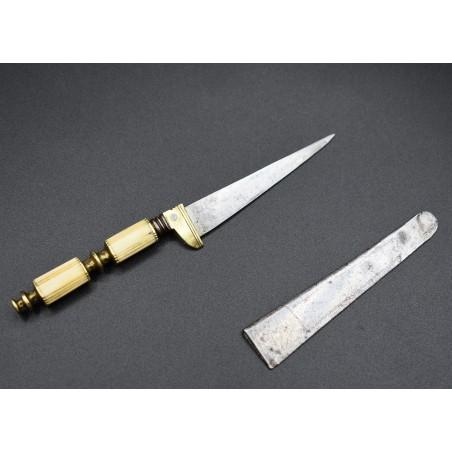 Cortaplumas de Albacete antiguo cuchillo de hoja secreta