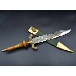 Bayoneta de taco Fabrica de Toledo 1883 grabado dorado y azul