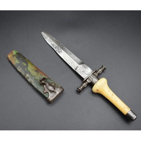 Montargis en Madrid bayoneta de taco o daga de Arcabuz Carlos IV