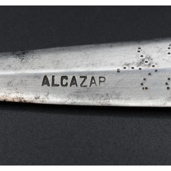 Puñal español antiguo marca ALCAZAR 7 muescas