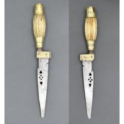 Antiguo Cuchillo de Albacete con puñal secreto