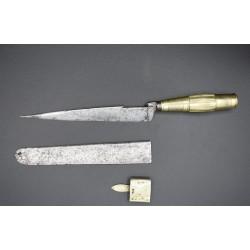 Cuchillo de hoja secreta de Albacete muy antiguo